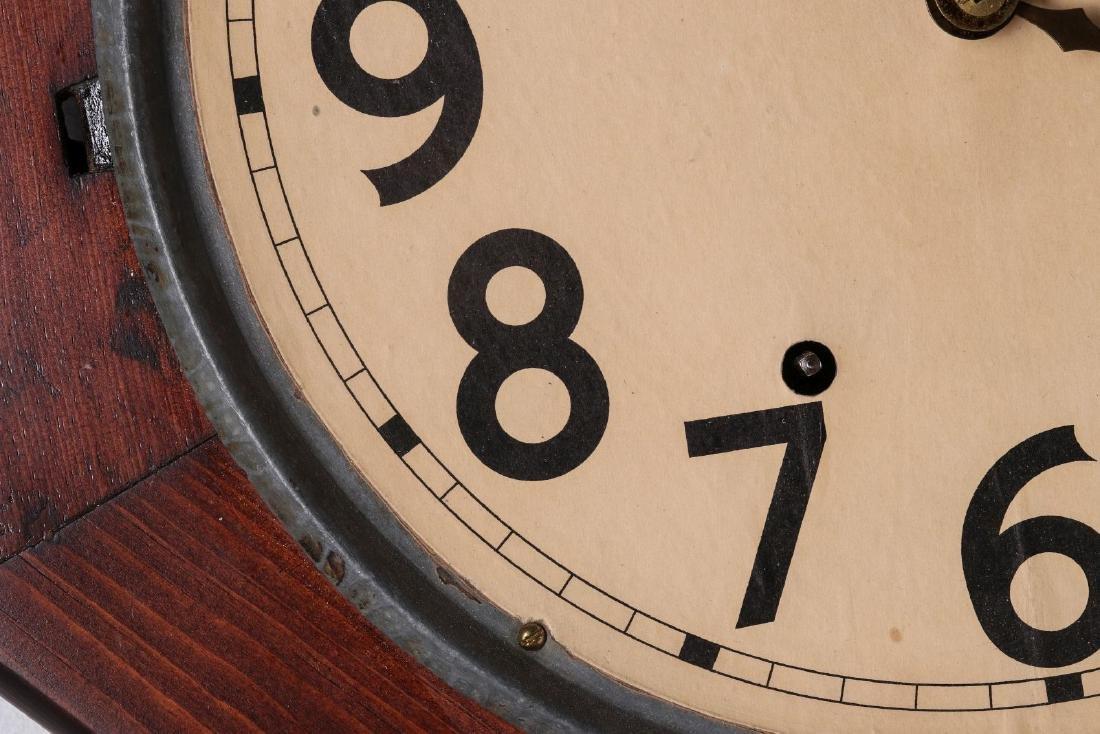 A SETH THOMAS SCHOOLHOUSE CLOCK - 5