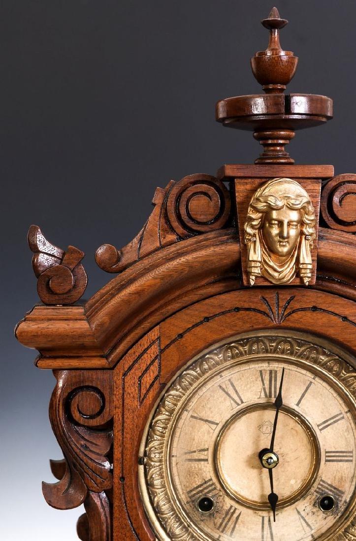 AN ANSONIA 'MONARCH' FANCY WALNUT PARLOR CLOCK - 2