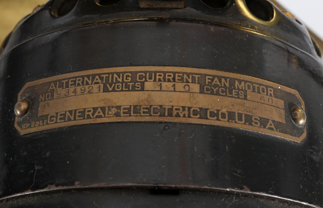 A GE COLLAR OSCILLATOR ELECTRIC FAN, CIRCA 1914 - 12