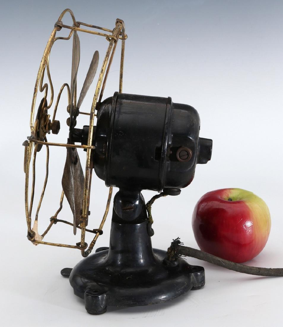 A PEERLESS TAB-FOOT ELECTRIC FAN CIRCA 1909 - 6