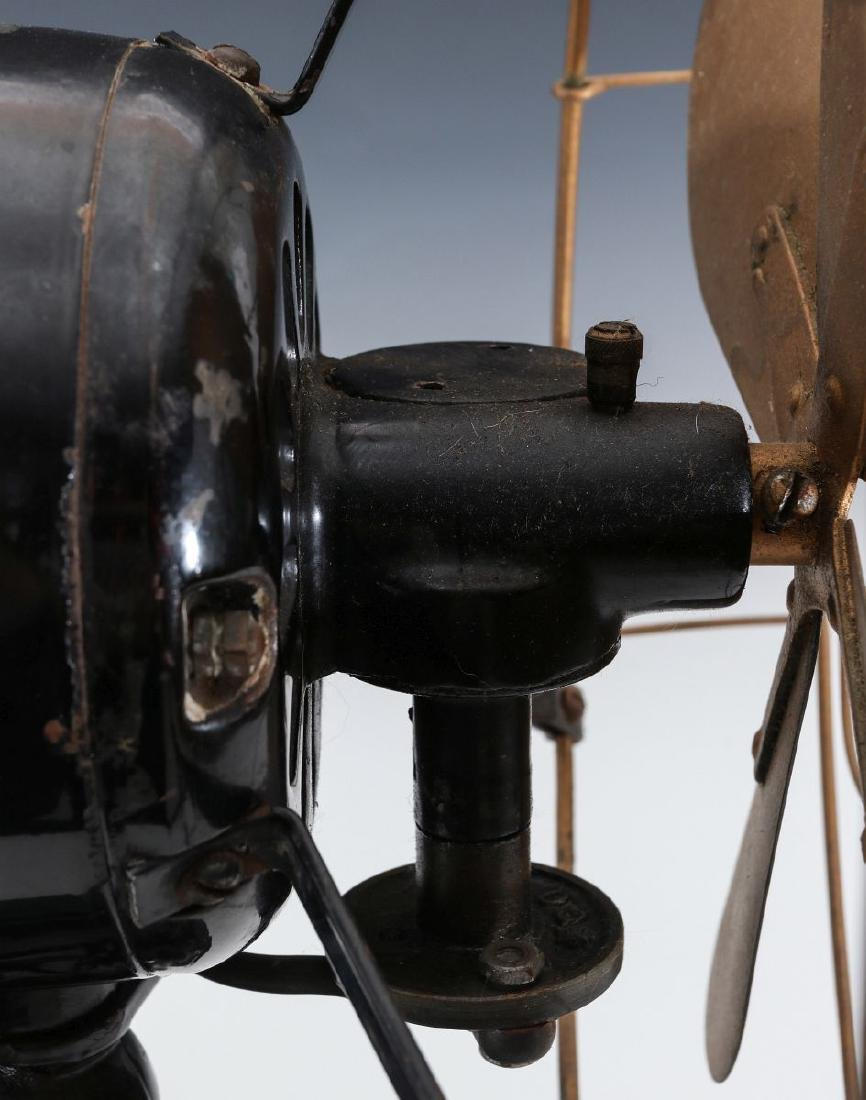 A PEERLESS FRONT-END OSCILLATING FAN CIRCA 1914 - 8