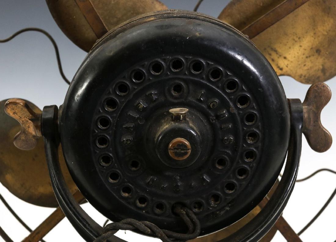 AN EMERSON RIBBED BASE & YOKE ELECTRIC FAN C. 1906 - 9