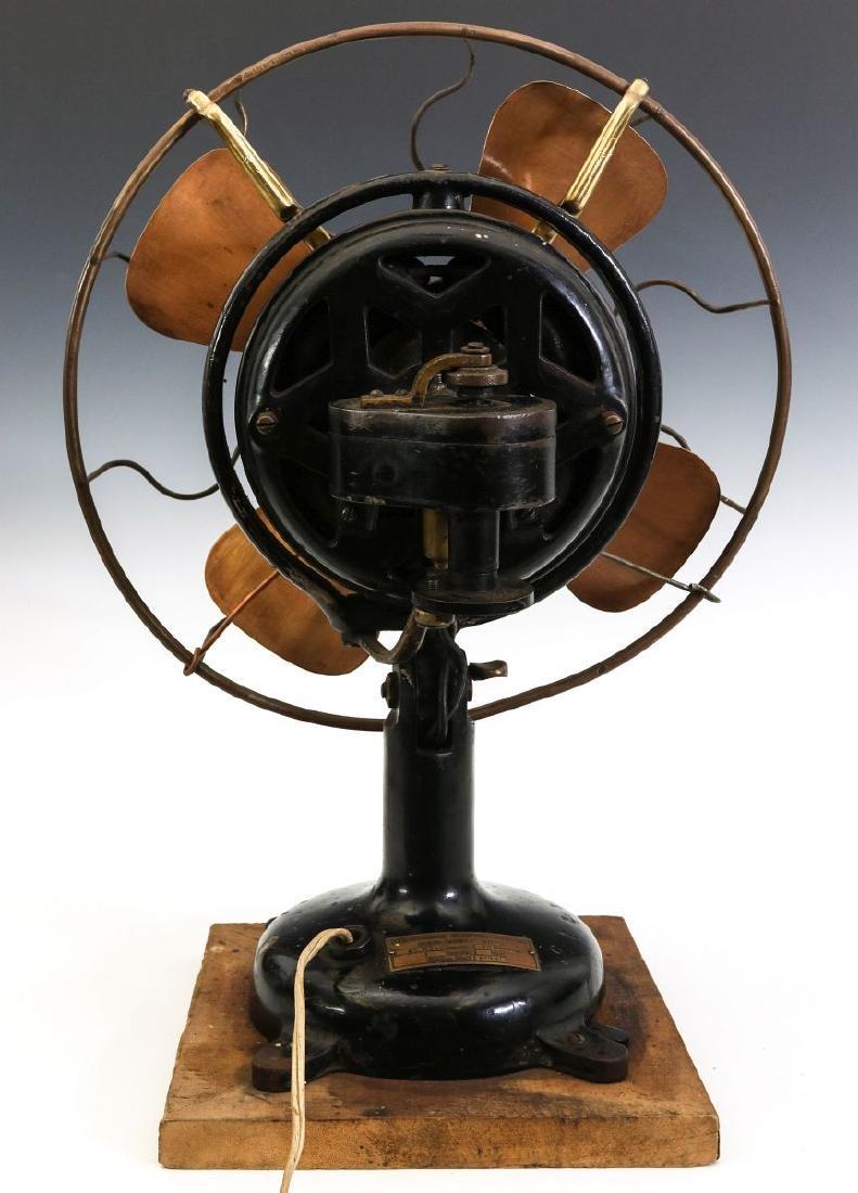 A MENOMINEE TAB-FOOT FAN, CIRCA 1912 - 8