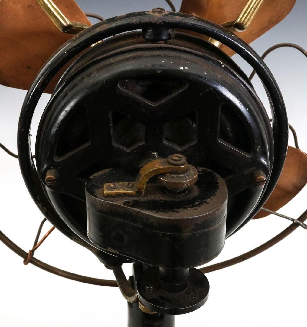 A MENOMINEE TAB-FOOT FAN, CIRCA 1912 - 9