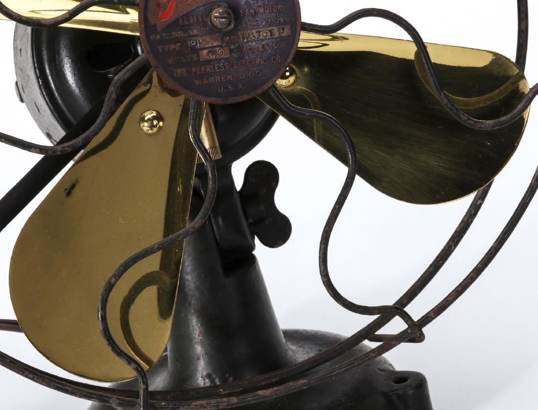 A PEERLESS P1 TAB BASE ELECTRIC FAN - 3