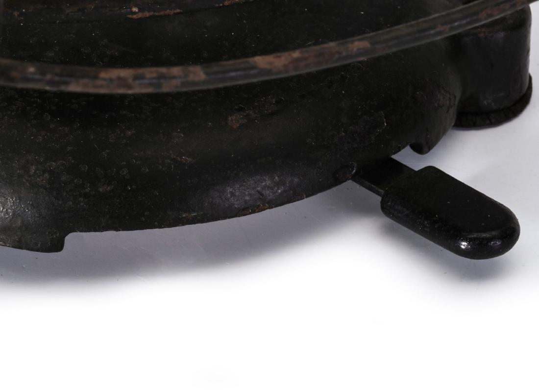 A PEERLESS P1 TAB BASE ELECTRIC FAN - 5
