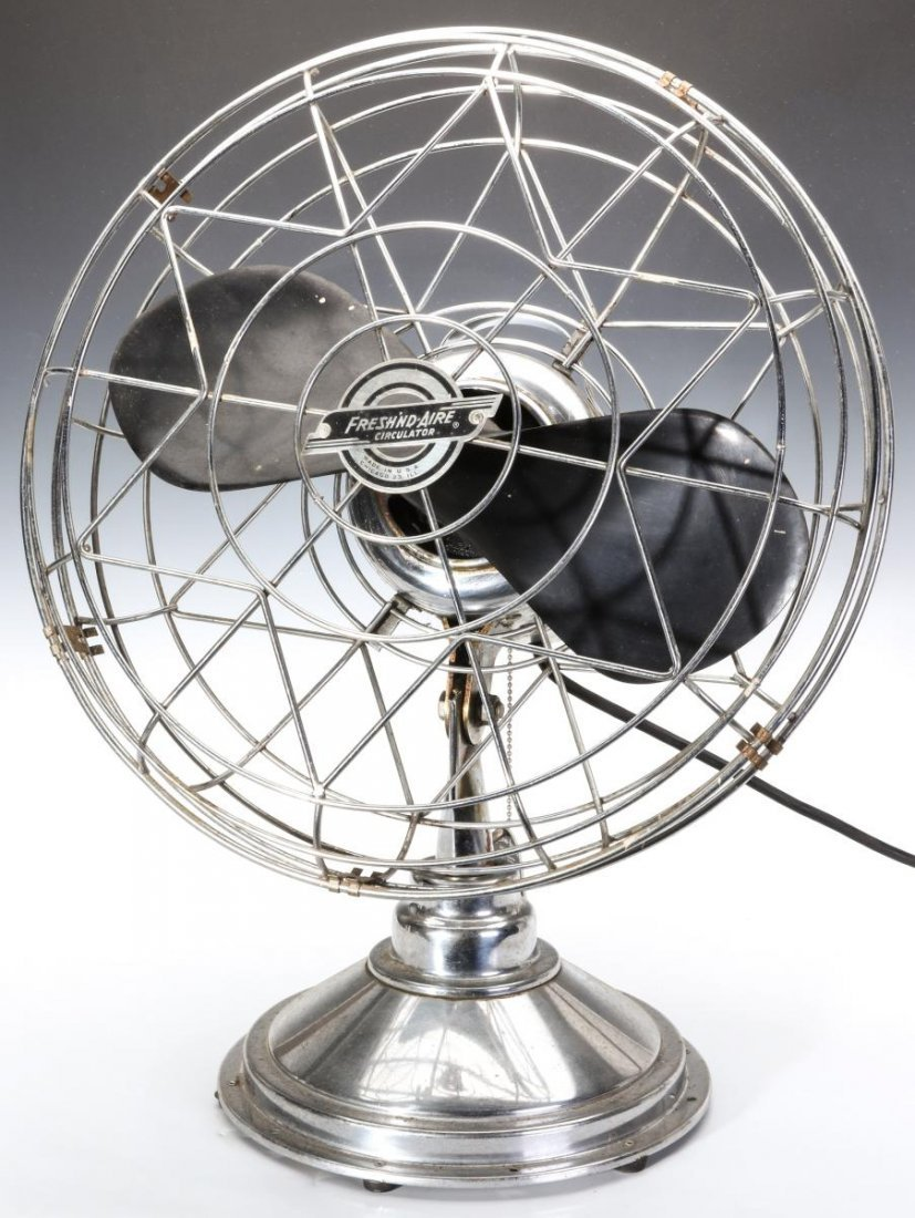 A FRESH'ND AIRE CIRCULATOR MODEL 14 ELECTRIC FAN