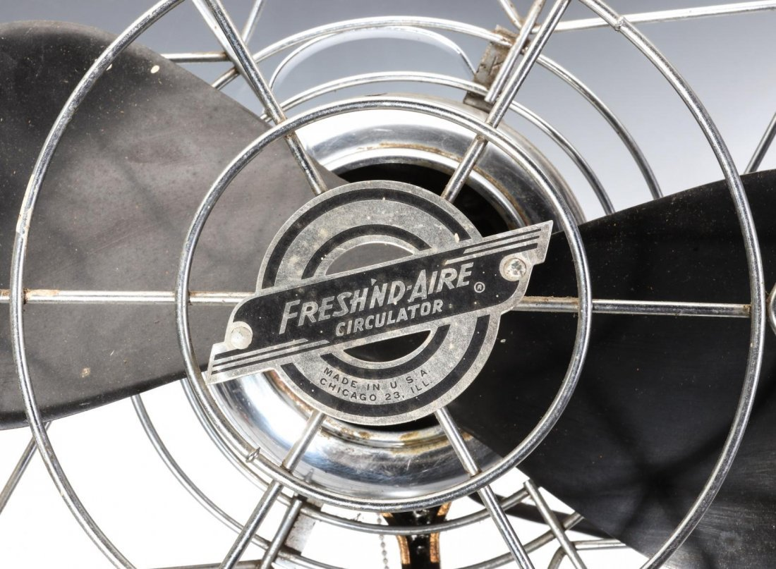 A FRESH'ND AIRE CIRCULATOR MODEL 14 ELECTRIC FAN - 4