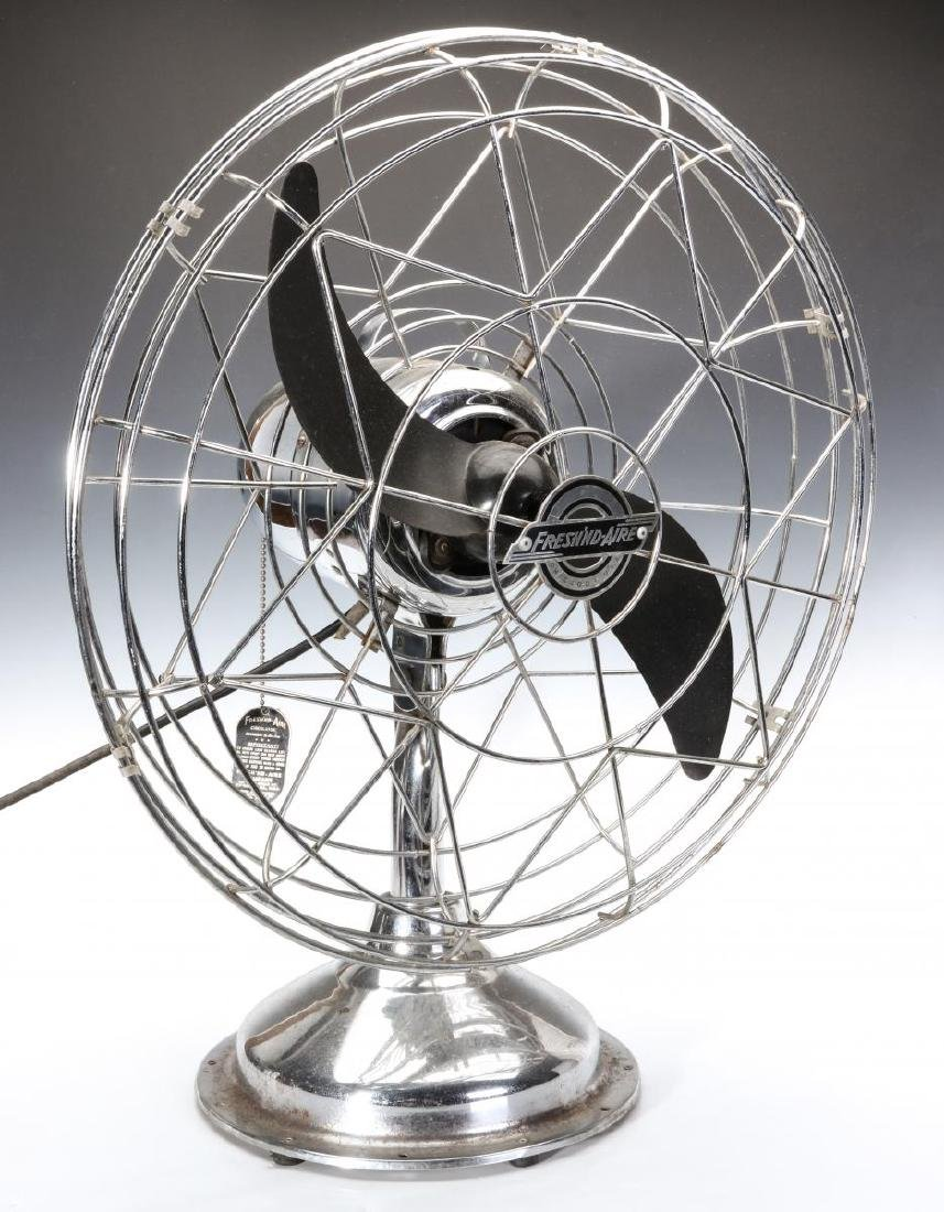 A FRESH'ND-AIRE CIRCULATOR MODEL 17 ELECTRIC FAN