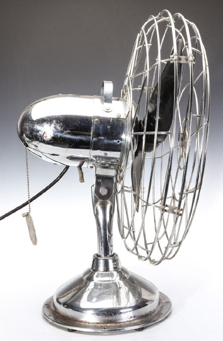 A FRESH'ND-AIRE CIRCULATOR MODEL 17 ELECTRIC FAN - 5