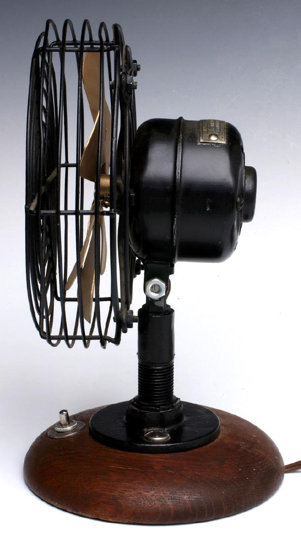 A WESTINGHOUSE 6-INCH BELL SYSTEM PHONE BOOTH FAN - 6
