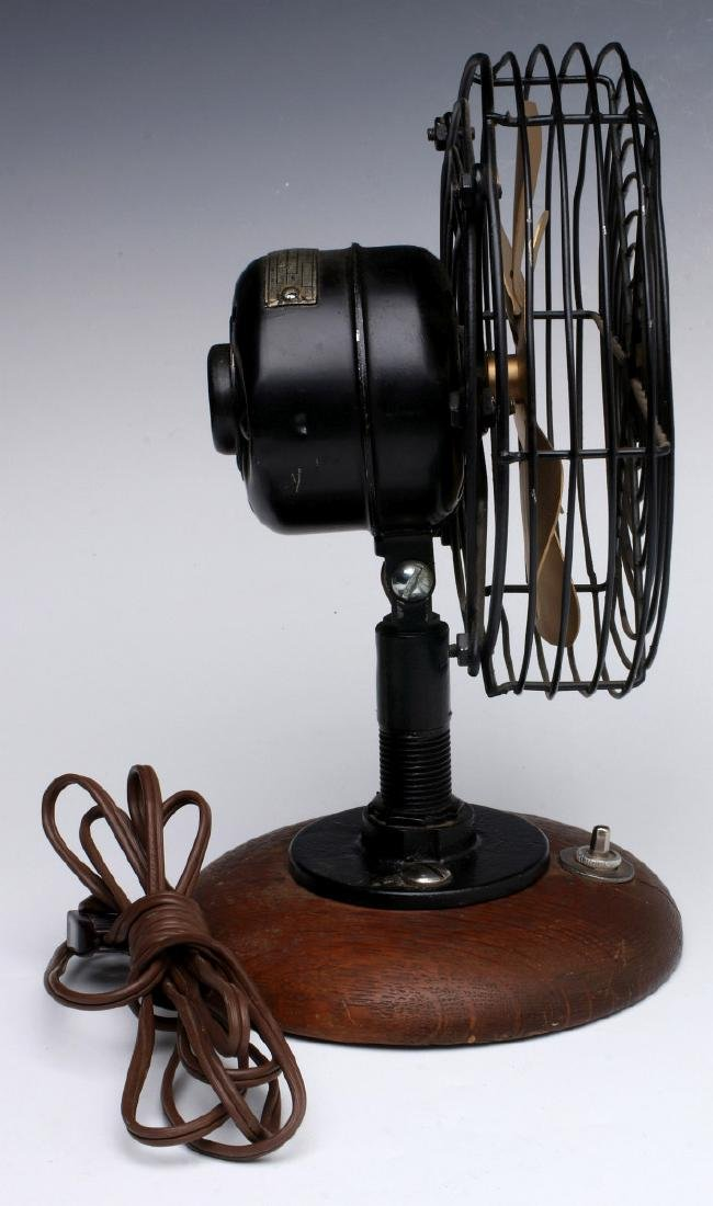 A WESTINGHOUSE 6-INCH BELL SYSTEM PHONE BOOTH FAN - 9