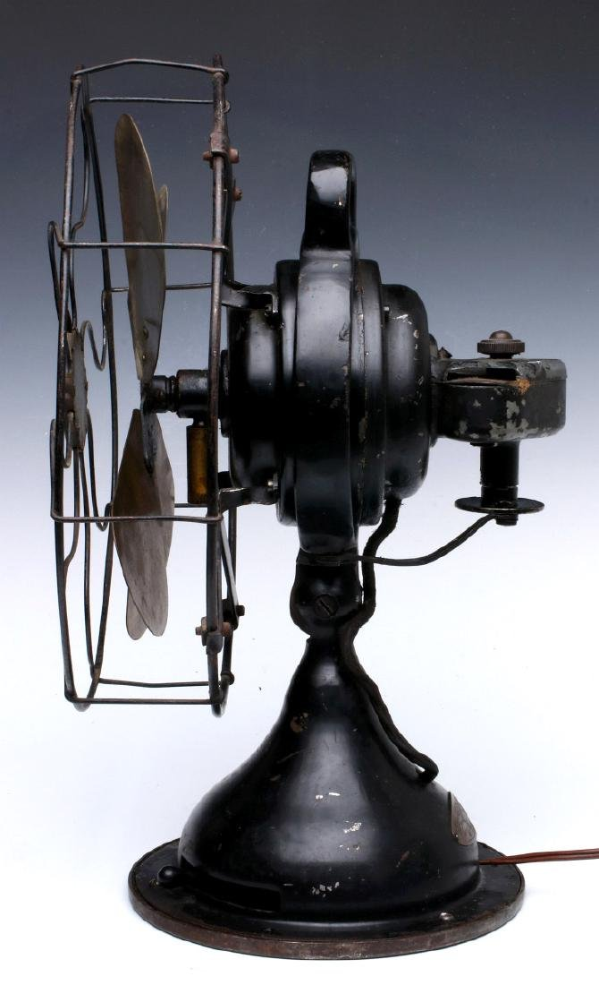 A MENOMINEE PANCAKE MOTOR FAN, CIRCA 1922 - 5