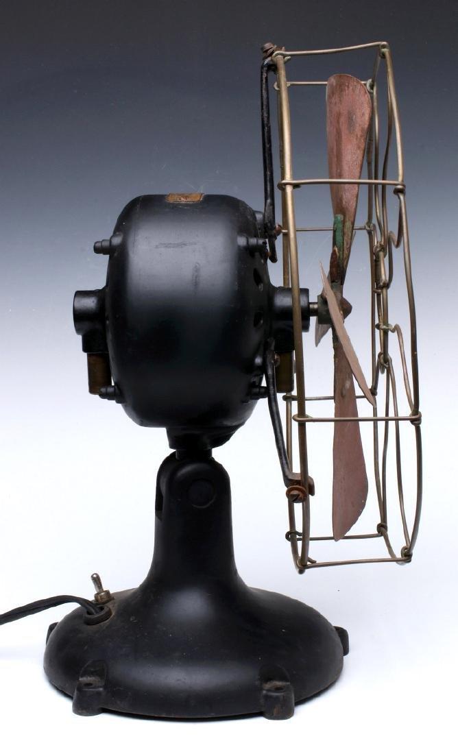 A DAYTON FAN & MOTOR CO. TYPE 50 TAB FOOT FAN - 10