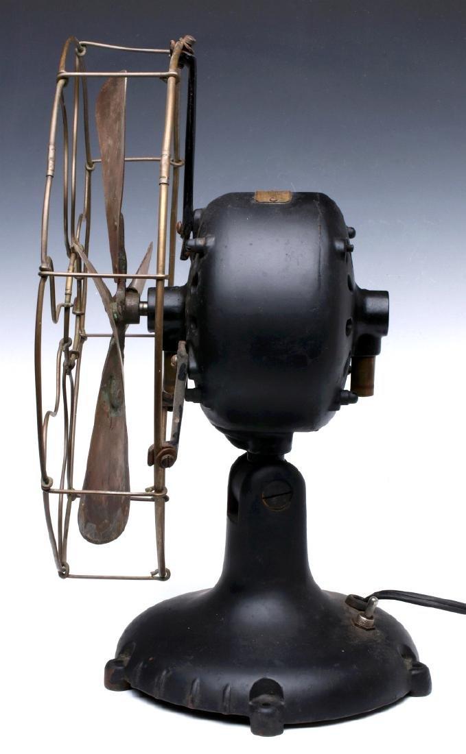 A DAYTON FAN & MOTOR CO. TYPE 50 TAB FOOT FAN - 6