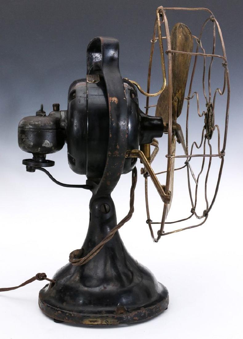 A HUNTER ELECTRIC FAN CIRCA 1901 - 5