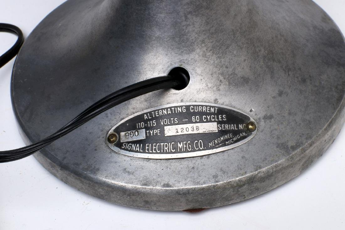 A SIGNAL COOL-SPOT ALUMINUM ELECTRIC FAN C. 1930s - 9