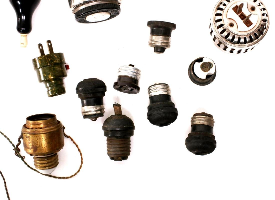 A LARGE LOT OF EARLY ELECTRICAL TECHNOLOGY ITEMS - 4