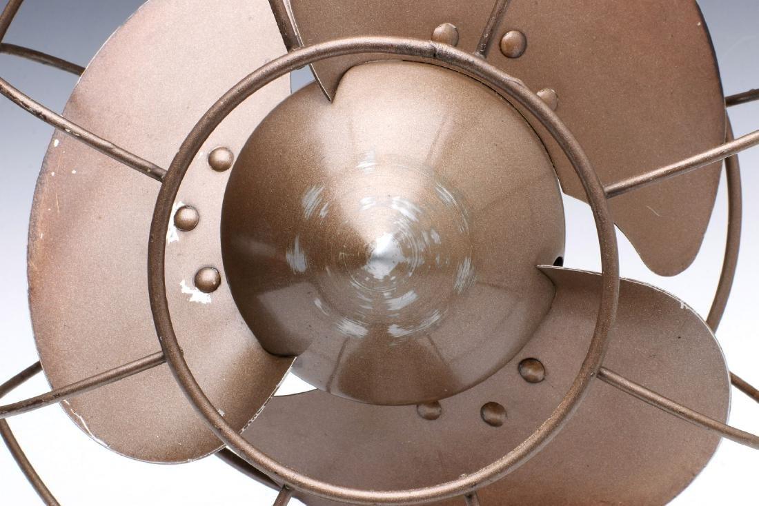 A GENERAL ELECTRIC ART DECO 'QUIET' FAN CIRCA 1932 - 3