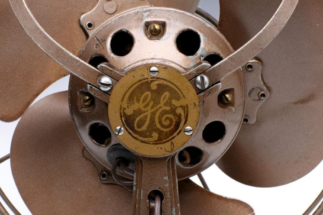 A GENERAL ELECTRIC ART DECO 'QUIET' FAN CIRCA 1932 - 9