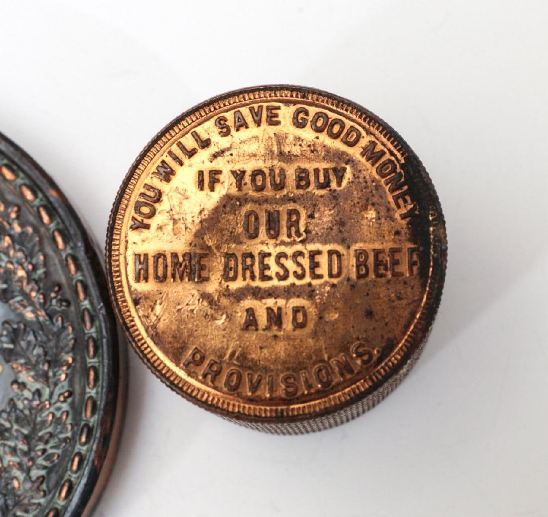 1923 STOCKMEN TABLE MEDAL AND PAPERWEIGHT - 9