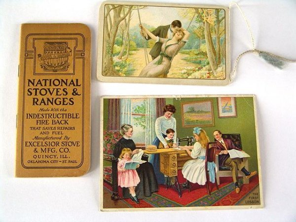 23: BINDER OF EARLY ADVERTISING TRADE CARDS
