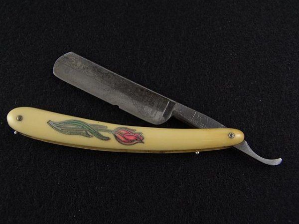 2015: STAINED AND INLAID CELLULOID STRAIGHT RAZOR
