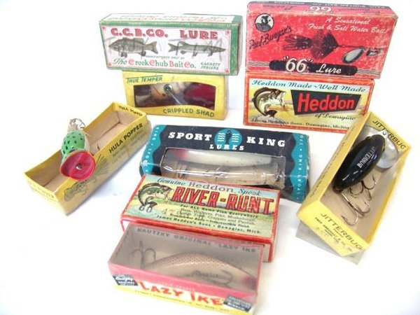 2: LOT OF VINTAGE BOXED FISHING LURES
