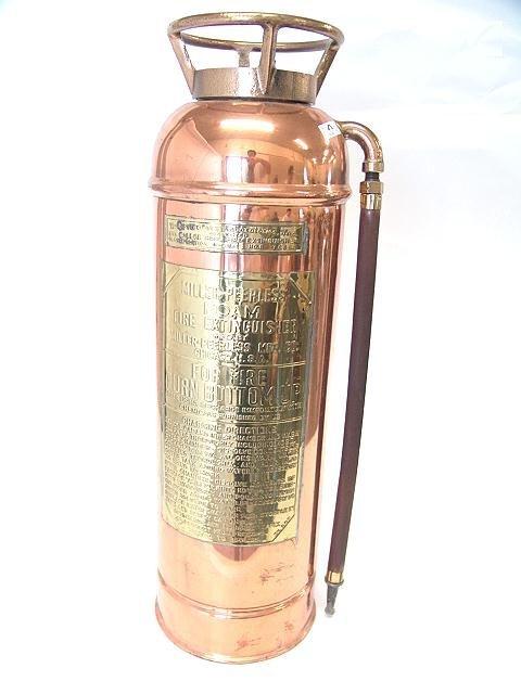 17: MILLER PEERLESS FOAM COPPER FIRE EXTINGUISHER