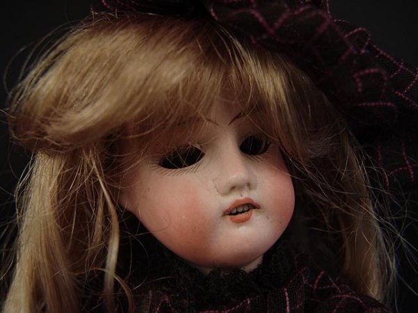 4003: ANTIQUE BISQUE HEAD DOLL GERMANY12/0