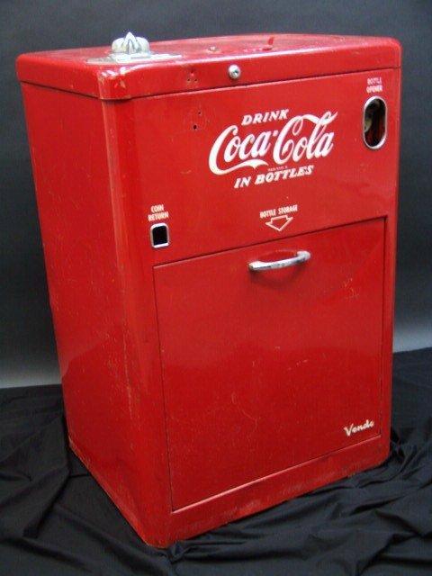 632: VENDO V23 SPIN TOP COCA-COLA MACHINE - 2