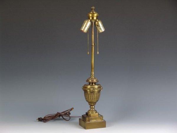 2518: BRONZE FINISH URN FORM LAMP BASE