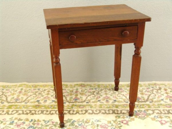 13: AMERICAN WALNUT ONE DRAWER STAND TABLE, CIRCA 1875