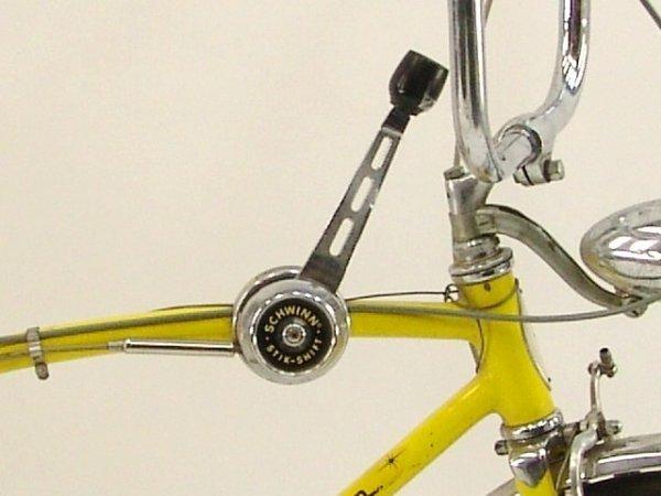 200: SCHWINN STINGRAY FASTBACK 5 SPEED BICYCLE - 4