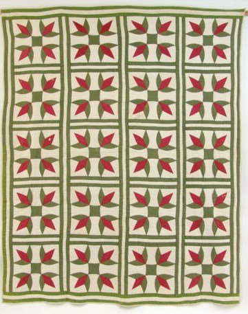 665: ANTIQUE QUILT IN RED & GREEN LILY PATTERN VARIATIO