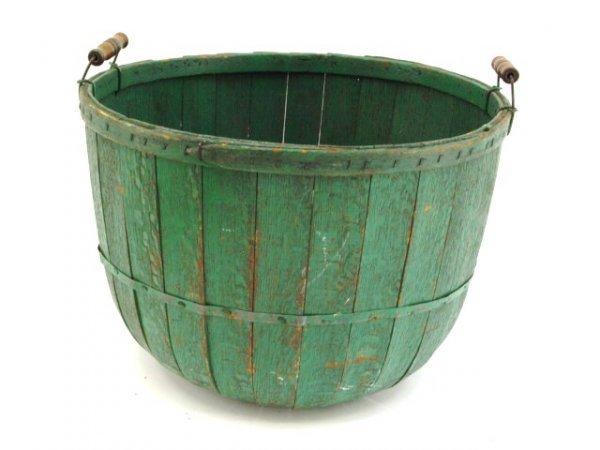 670: WONDERFUL OLD ASH APPLE BASKET IN GREEN PAINT