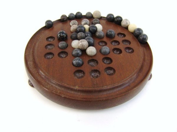 675: ANTIQUE MARBLE GAME W/BOARD