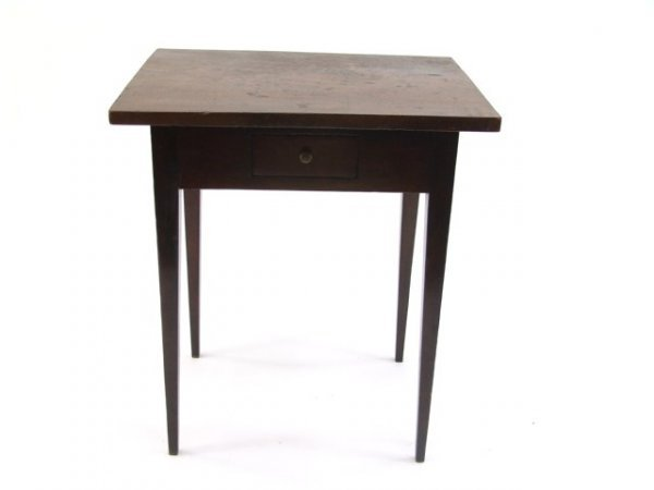 678: CHERRY AND WALNUT TAPERED LEG STAND TABLE