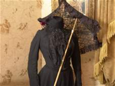 1230: VICTORIAN PERIOD OUTFIT ON ANTIQUE DRESS FORM