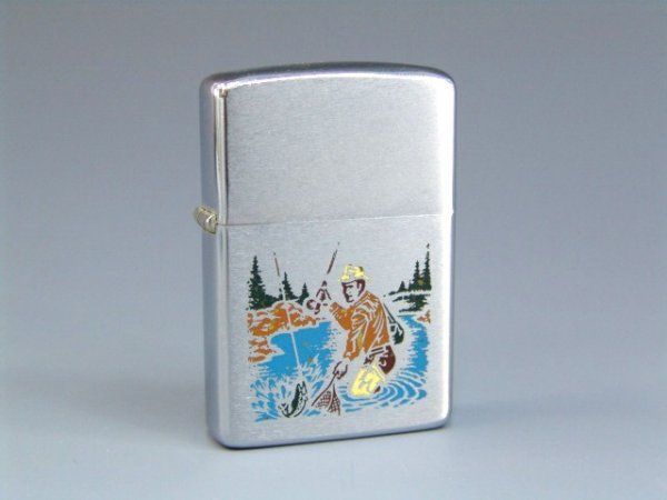 26: 1972 ENGRAVED FISHERMAN ZIPPO LIGHTER