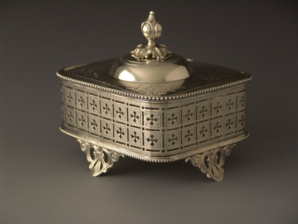312: ANTIQUE SILVER PLATED SARDINE BOX WITH LINER