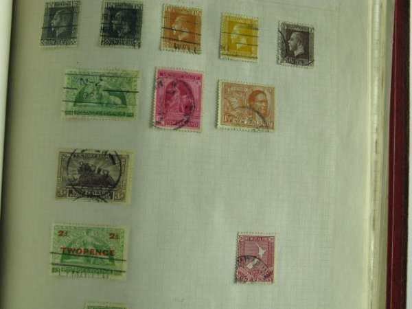 1001: 1000 STAMP COLLECTION BRITISH COLONIES 1900-1960 - 3