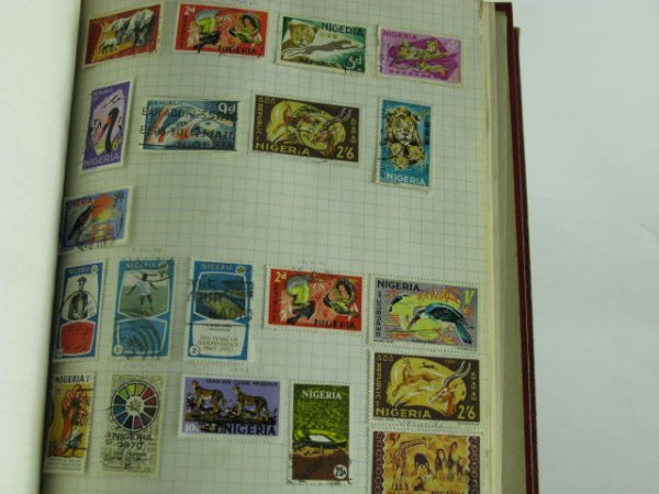 1001: 1000 STAMP COLLECTION BRITISH COLONIES 1900-1960 - 5