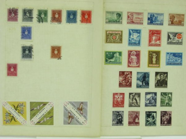 1003: ALBUM OF FOREIGN STAMPS