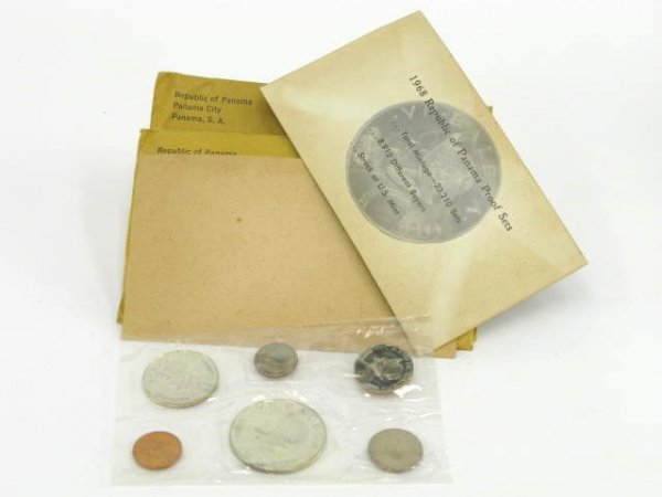 1009: THREE 1968 PANAMA PROOF SETS