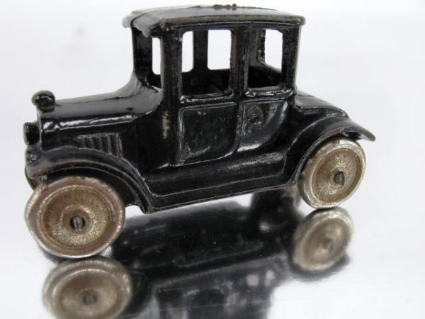 1402: EARLY FORD COUPE, TOY AUTO, CAR, CAST IRON