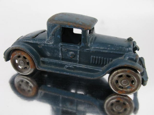 1403: CAR CAST IRON COUPE WITH RUMBLE SEAT, AUTO