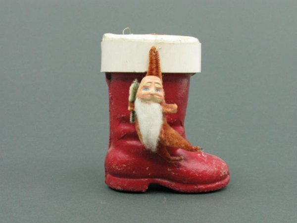1405: BOOT CANDY CONTAINER CARDBOARD & SANTA