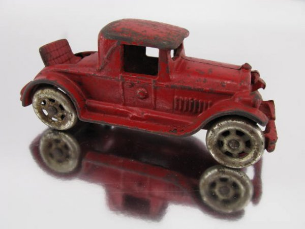 1414: CAR CAST IRON COUPE WITH RUMBLE SEAT, AUTO