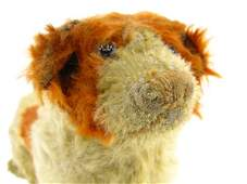 1691: STEIFF DOG ON WHEELS, EARLY BUTTON